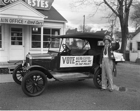 1952 - Herb Estes Gets Out the Vote
