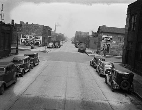 1939 - Hubbard and Oakley, looking East
