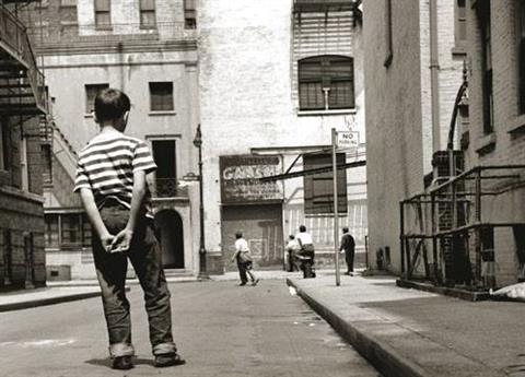 1950 - Boys playing the street