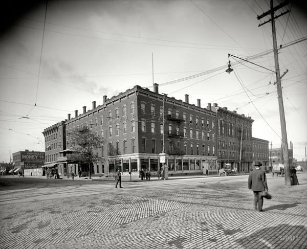 1881 : Saginaw's Hotel Bancroft First to Use Commerical Incandescent Electric Lamps